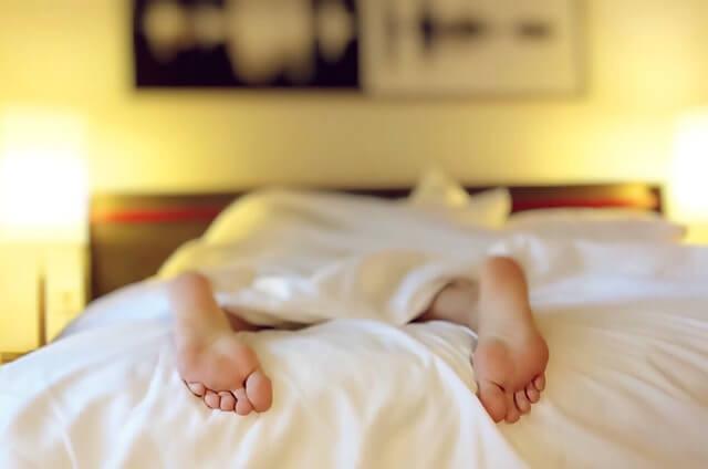 fejfájás kialakulhat a rossz alvás, kialvatlanság miatt